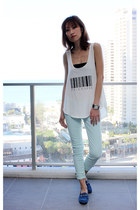 white cotton rebel top - aquamarine denim 7 for all mankind jeans
