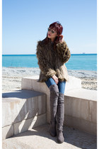 dark khaki faux fur Lovers  Friends coat - over the knee stuart weitzman boots