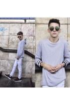 white skinny Zara jeans - silver plain sweater - crimson running sneakers