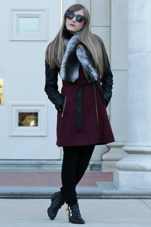 black Forever 21 boots - crimson Guess coat