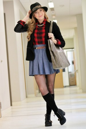 red Forever 21 shirt - black Romwecom tights - heather gray Forever 21 bag