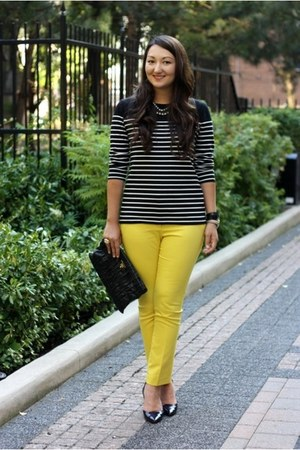 yellow cropped H&M pants - pointy toe Zara shoes