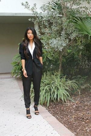 black Macys blazer - black Zara pants - black strap Guess heels