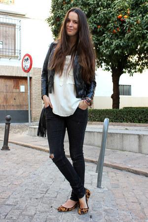 Zara flats - Zara jacket - H&M bag - Zara blouse - H&M pants - Oysho bracelet