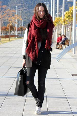 pull&bear scarf - Zara coat - Zara bag - H&M pants - Converse sneakers