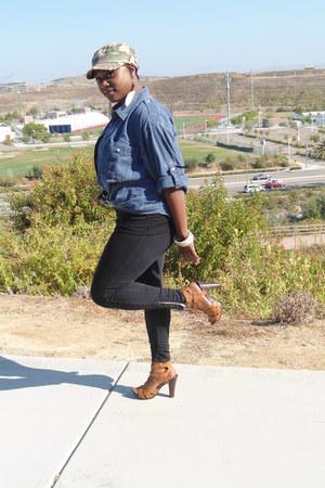Target top - Aldo shoes - Target leggings - Tommy Hilfiger shirt