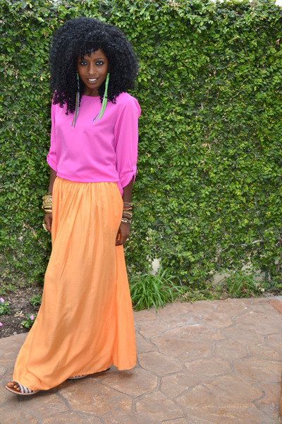 Maxi skirt with blouse – The most popular models skirts