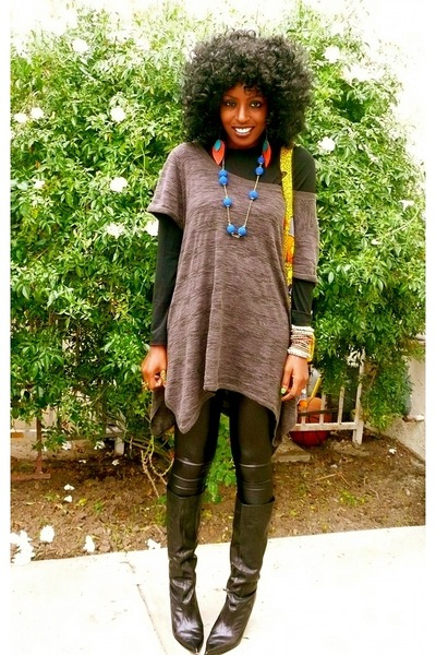 black Ralph Lauren t-shirt - black H&M blouse - Urban Outfitters leggings
