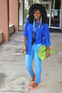 Sky-blue-ankle-jeans-blue-sheer-shirt-chartreuse-american-apparel-bag-carr