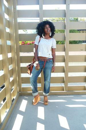 gray Zara t-shirt - brown Zara belt - blue lucky jeans - brown Jeffrey Campbell