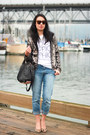 Blue-boyfriend-gap-jeans-black-rocco-alexander-wang-bag