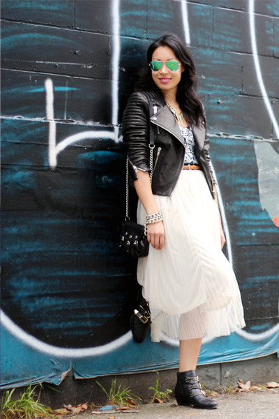 black ankle shoemint boots - black H&M jacket - green ray-ban sunglasses