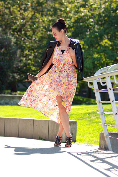 peach floral print ami clubwear dress - black leather H&M jacket