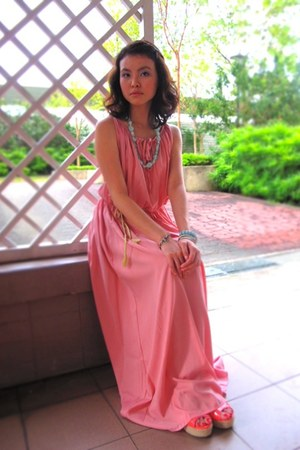 maxi dress