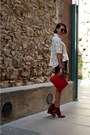 Red-clutch-zara-bag-cream-printed-zara-blouse