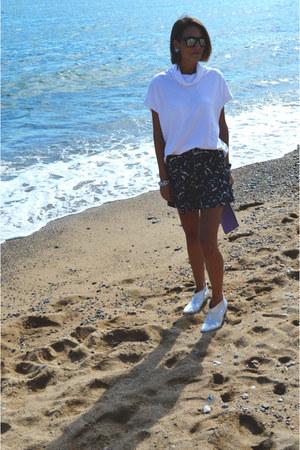 black print Bershka skirt