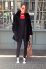 Black-faux-fur-vintage-coat-red-turtleneck-h-m-divided-top