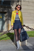 yellow leather Antonio Miró jacket - silver Zara heels
