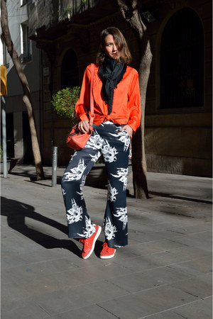 red H&M shirt - navy floral H&M Trend pants - red leather Adidas sneakers