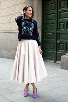 printed Choies sweater - volume patent H&M Trend skirt