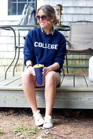 navy college unknown sweatshirt - teal hawaiian H&M shirt