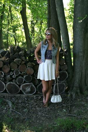 blue denim DIY vest - white vintage bag - eggshell tennis vintage shorts