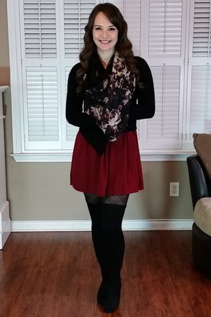 black thigh high socks - black Express cardigan