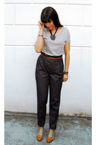 gray American Apparel t-shirt - gray Zara pants - beige H&M belt - beige Modekun