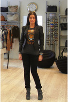 Noir jacket - vintage t-shirt - Vero Moda jeans - surface to air boots