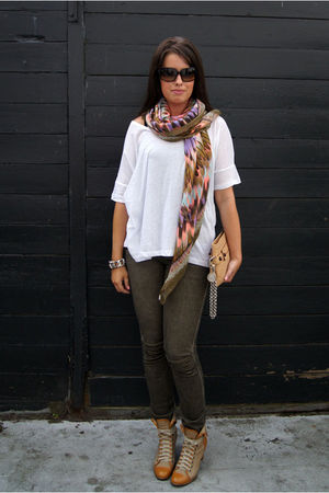 white Monki t-shirt - green Zara jeans - beige Modekungen boots - beige lanvin b
