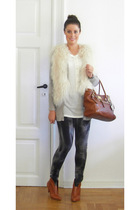 Ilse Jacobsen vest - Zara sweater - Blend she t-shirt - Zara pants - Strk boots