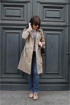 beige trenchcoat H&M coat - beige Zara boots - blue Wrangler jeans