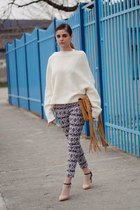 oversized Zara sweater - Glow pants - Stradivarius heels