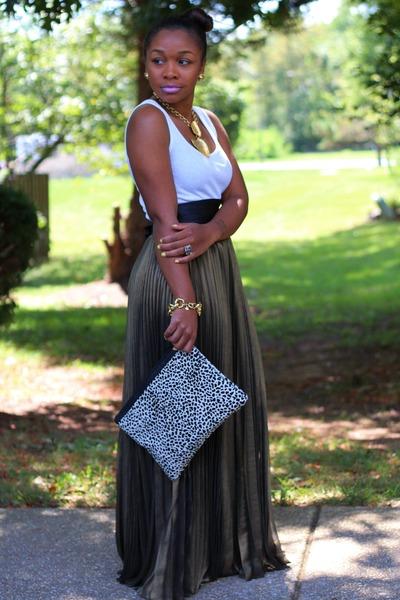 bcbg max azria skirt - Love Cortnie bag - Old Navy top - Express belt