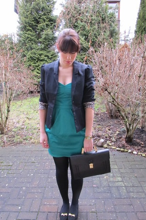 H&M dress - H&M blazer - Urban Outfitters bag - Urban Outfitters flats