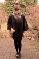 burnt orange pieces scarf - burnt orange vintage bag - black H&M cape