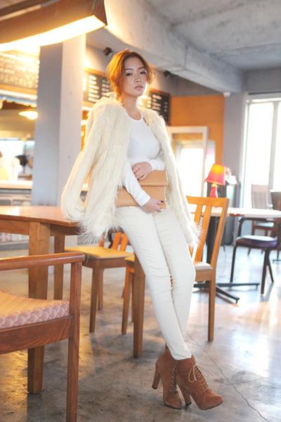 fur Stylenanda coat - white jean Stylenanda pants - brown Stylenanda heels