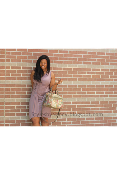 casual Gap dress - floral vintage purse - strappy Mossimo heels