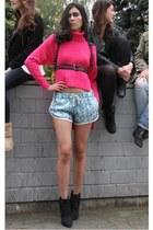 black Styligion belt - sky blue Three Floor shorts - hot pink Three Floor jumper