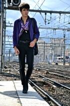 amethyst silk Givenchy scarf - black canvas Muratti boots