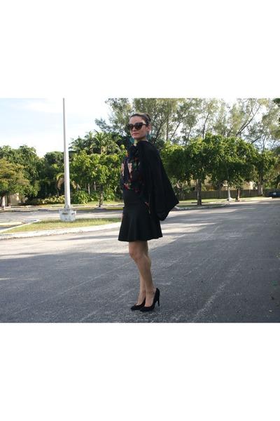 black rose detail shoes - black asymetrical new look blazer