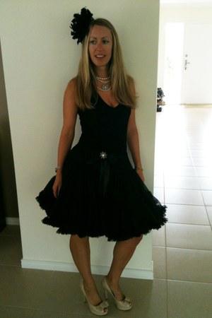 pettiskirt Princess Ratbag skirt - peeptoe heels tony bianco heels
