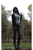 navy karol & david boots - navy Paris Blues jeans - black Hera sweater