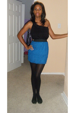 black Forever 21 stockings - Nordstrom skirt - Forever 21 shirt - taryn rose sho