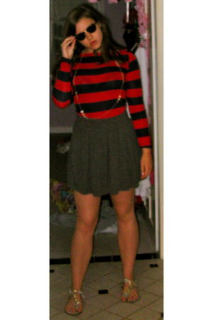 gray 3 B skirt - red Forever 21 shirt