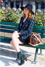 Tods-shoes-zara-dress-stefanel-hat-strenesse-blazer-louis-vuitton-bag