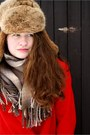 Red-vintage-coat-black-h-m-jeans-brown-vintage-hat-nude-orsay-scarf