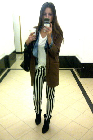 striped skinny H&M pants - cowboy suede Zara boots - unknown blazer