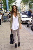 nude snake print H&M pants - olive green studded detail Zara shirt