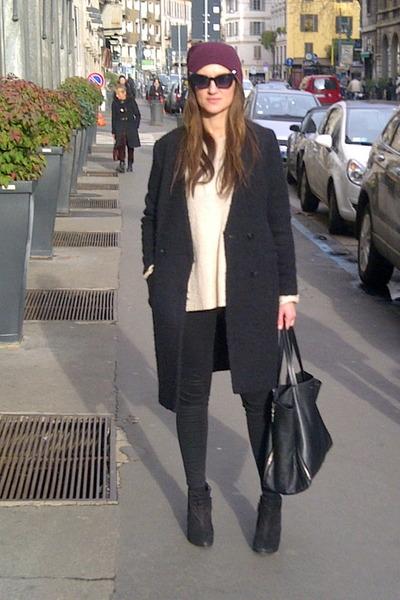 black cowboy suede Zara boots - black H&M Trend coat